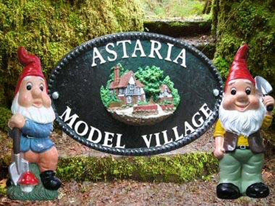 Astaria Model Village Sign